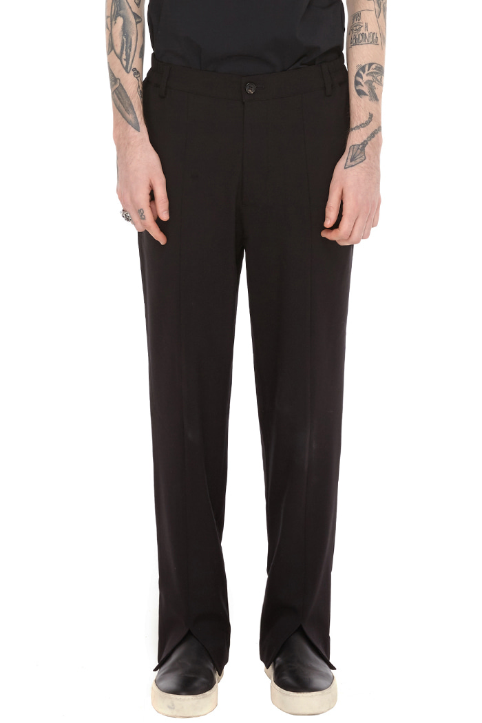 SPLITED SLACKS (BLACK)