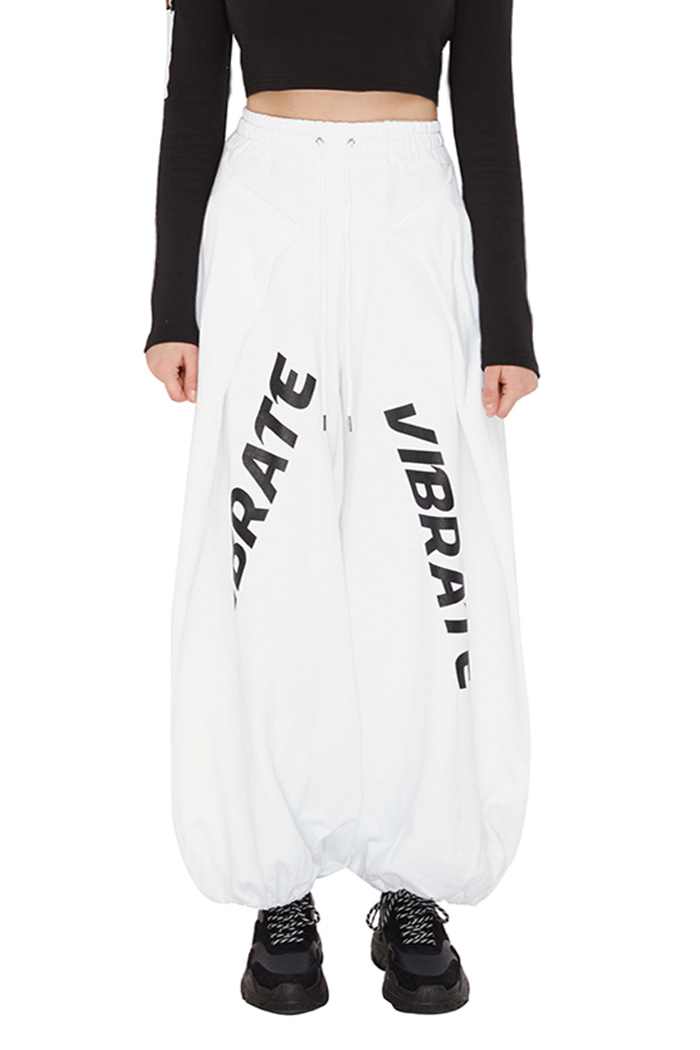 WIDE HAKAMA JOGGER PANTS (womans) (WHITE)