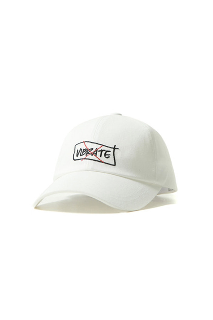 CURVED BORDER BALL CAP (WHITE)