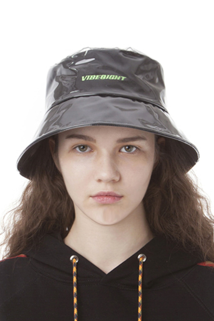 LOGO PVC BUCKET HAT (BLACK)