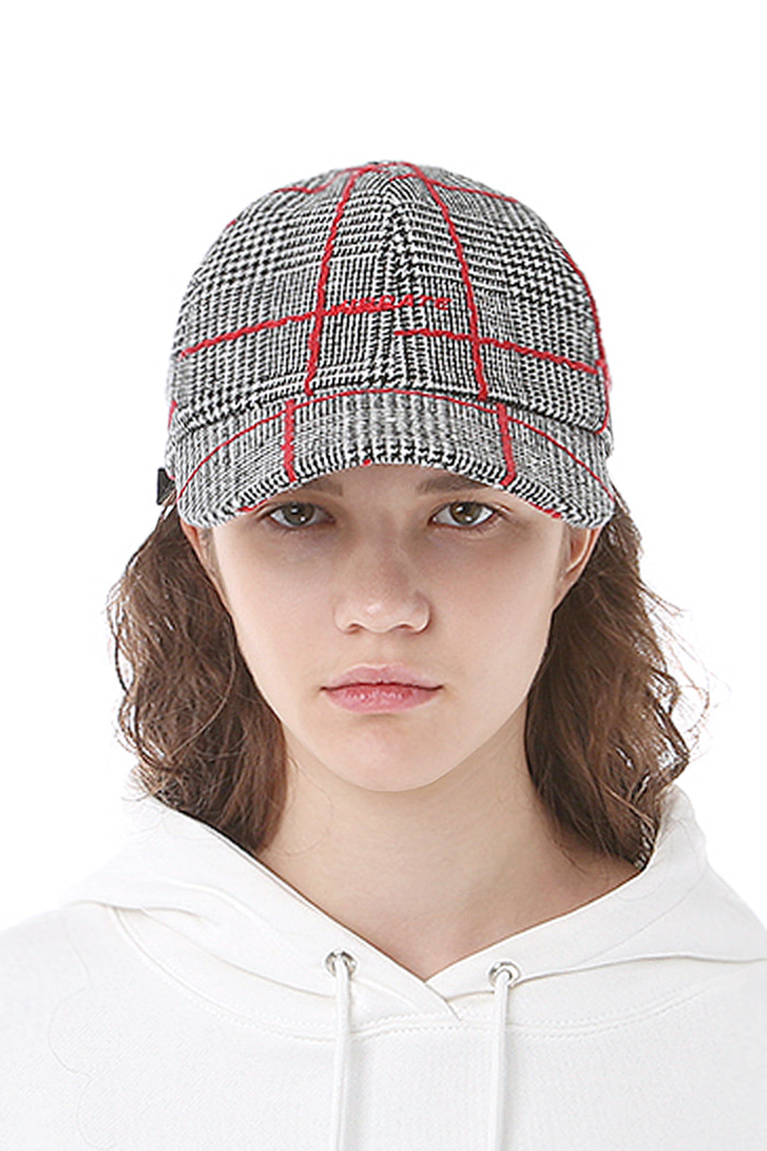 CHECKED PATTERN BALL CAP (RED)