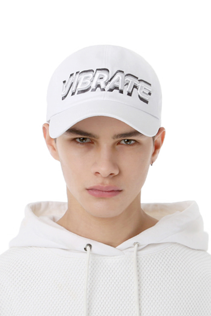 3D SHAKING LOGO BALL CAP (WHITE)